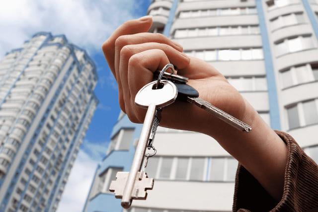 Как оформить договор безвозмездного пользования квартирой?